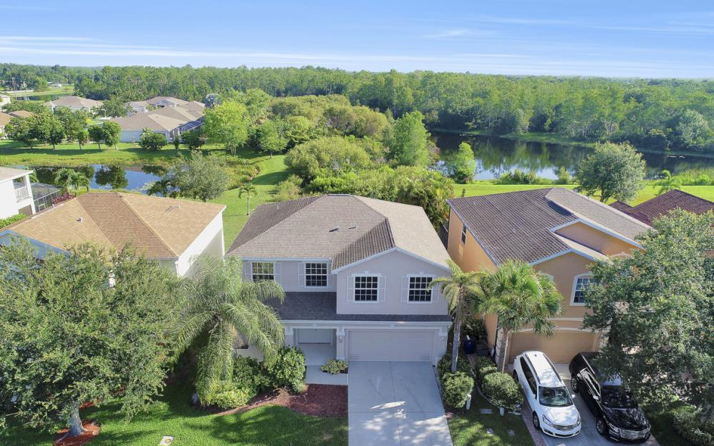 8989 Falcon Pointe Loop, Fort Myers - Home For Sale 1119902584