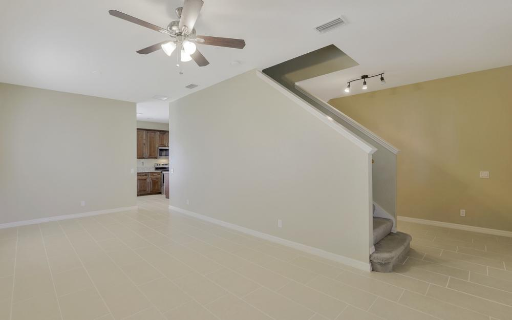 8989 Falcon Pointe Loop, Fort Myers - Home For Sale 795079859