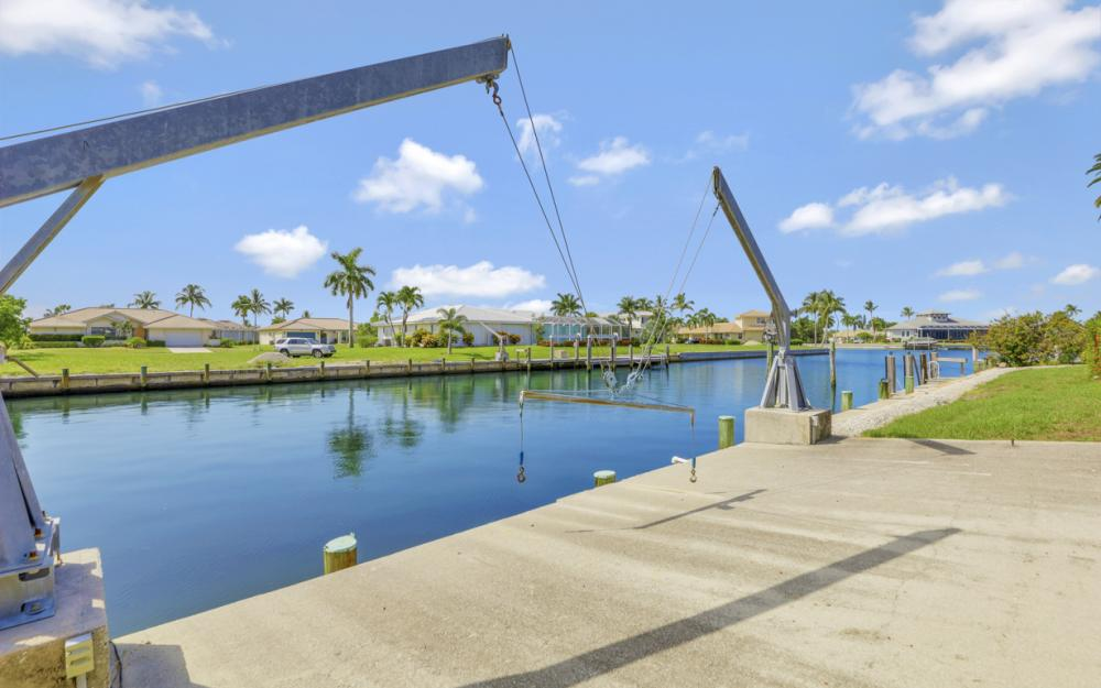 1649 Briarwood Ct Marco Island - Home For Sale 1988587551
