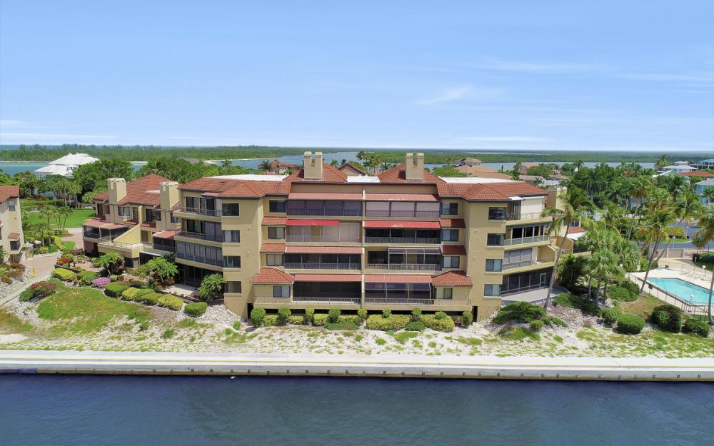 113 La Peninsula Blvd #113, Naples - Condo For Sale 500762603