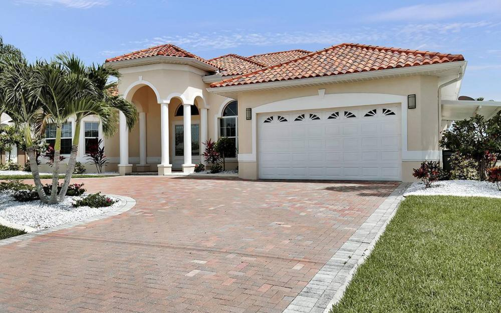 1824 SW 48th Ln, Cape Coral - House For Sale 835485320