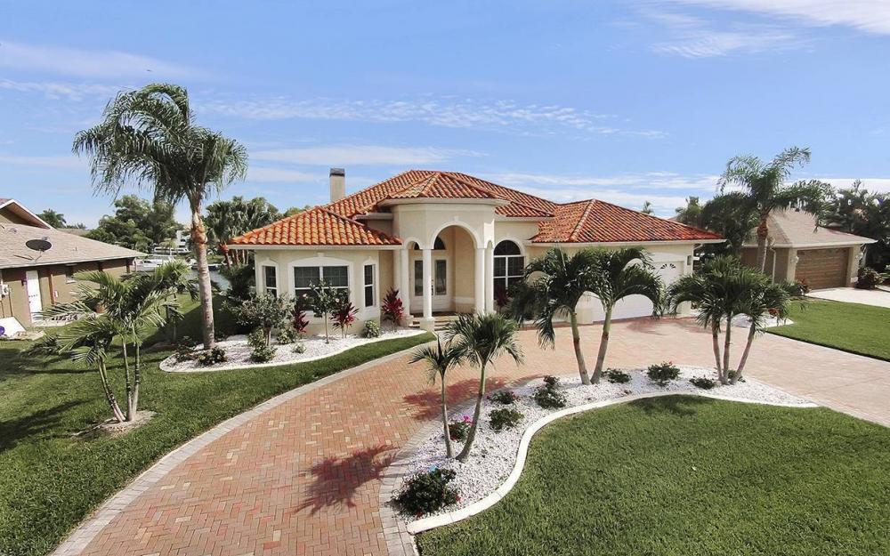 1824 SW 48th Ln, Cape Coral - House For Sale 135748844
