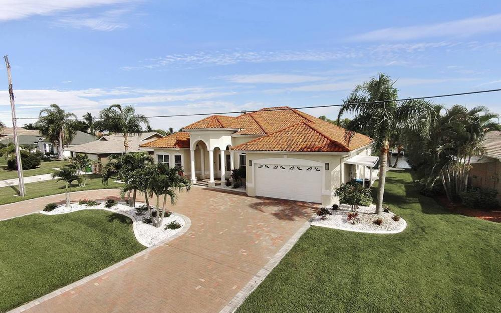 1824 SW 48th Ln, Cape Coral - House For Sale 1866686913