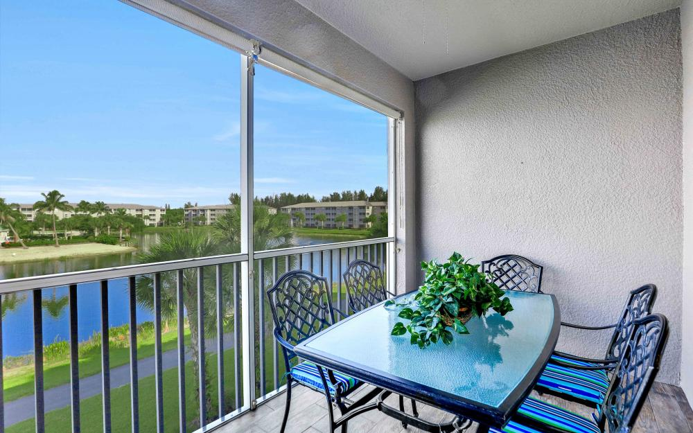 16625 Lake Cir Dr #536, Fort Myers - Condo For Sale 87398645