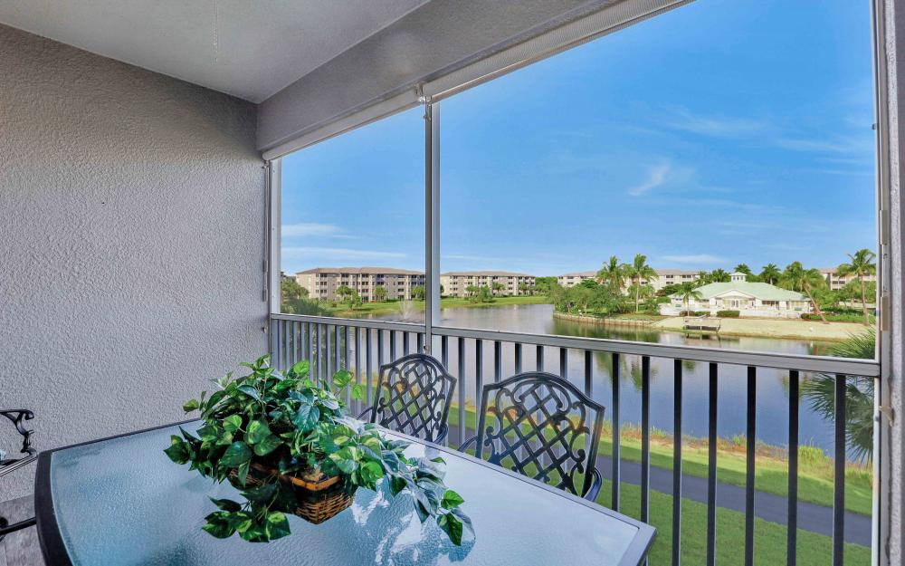 16625 Lake Cir Dr #536, Fort Myers - Condo For Sale 74167505