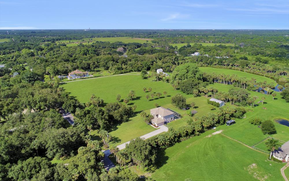 4570 Orange River Loop Rd, Fort Myers - Home For Sale 141544947
