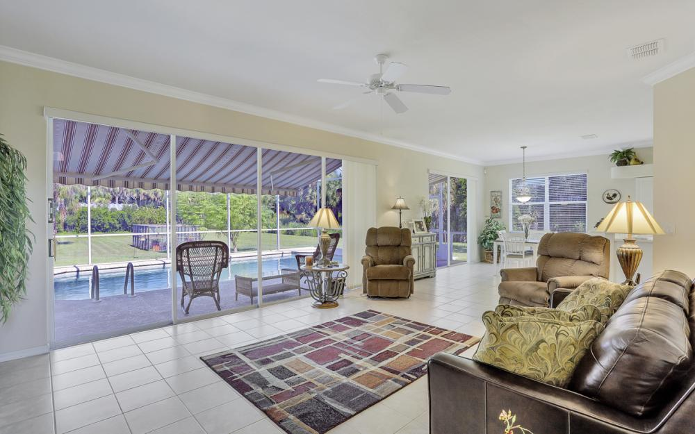 4570 Orange River Loop Rd, Fort Myers - Home For Sale 307634758