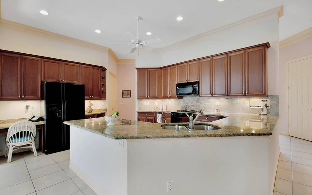 657 Soliel Dr, Naples - House For Sale 318388853
