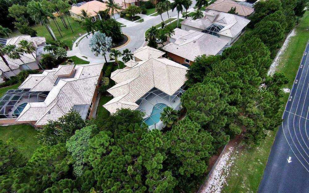 657 Soliel Dr, Naples - House For Sale 267578460