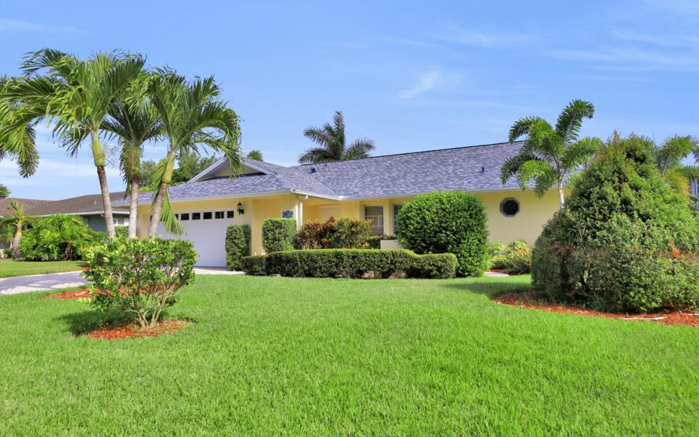 4624 Chippendale Dr, Naples - Home For Sale 702225743