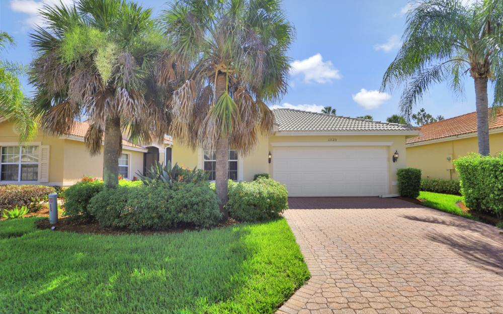 11125 Peace Lilly Way, Fort Myers - Home For Sale 195295131