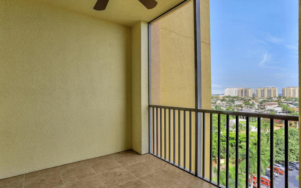 5793 Cape Harbour Dr #911, Cape Coral - Condo For Sale 1850692800