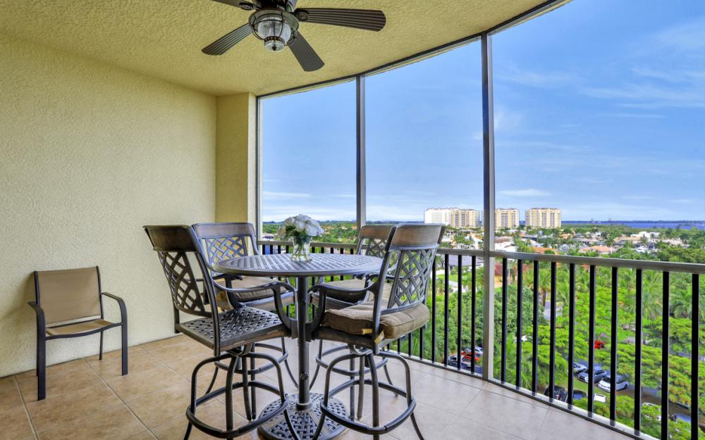 5793 Cape Harbour Dr #911, Cape Coral - Condo For Sale 121889040