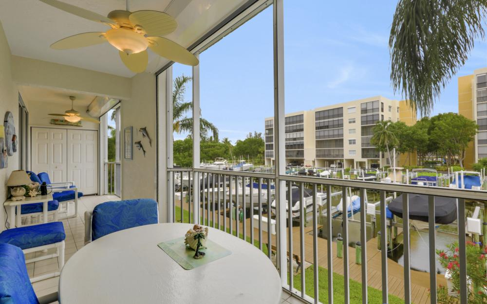 4361 Bay Beach Ln #123, Fort Myers Beach - Condo For Sale 251541767
