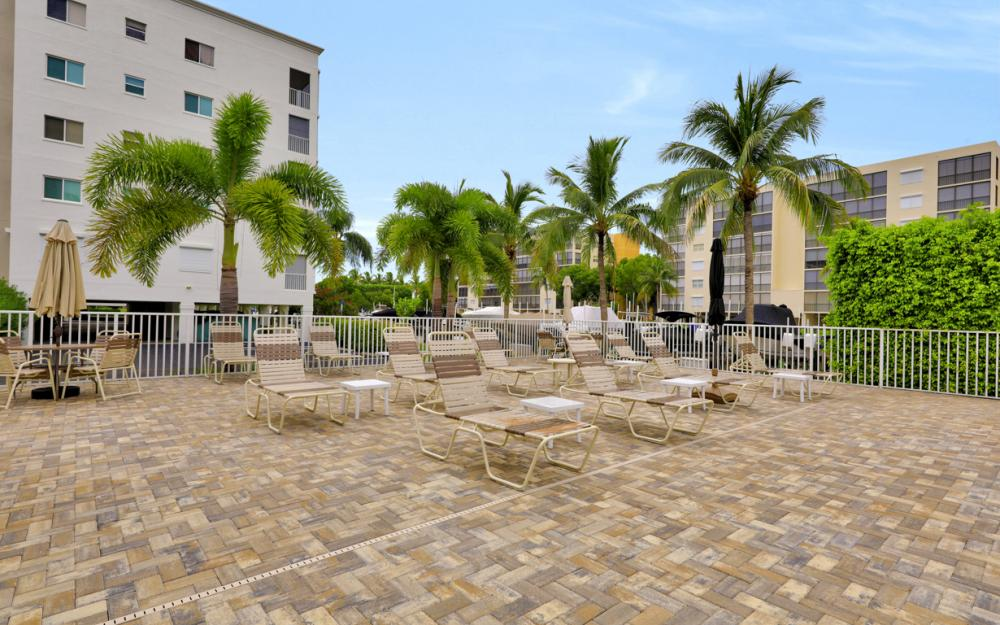 4361 Bay Beach Ln #123, Fort Myers Beach - Condo For Sale 1172288588