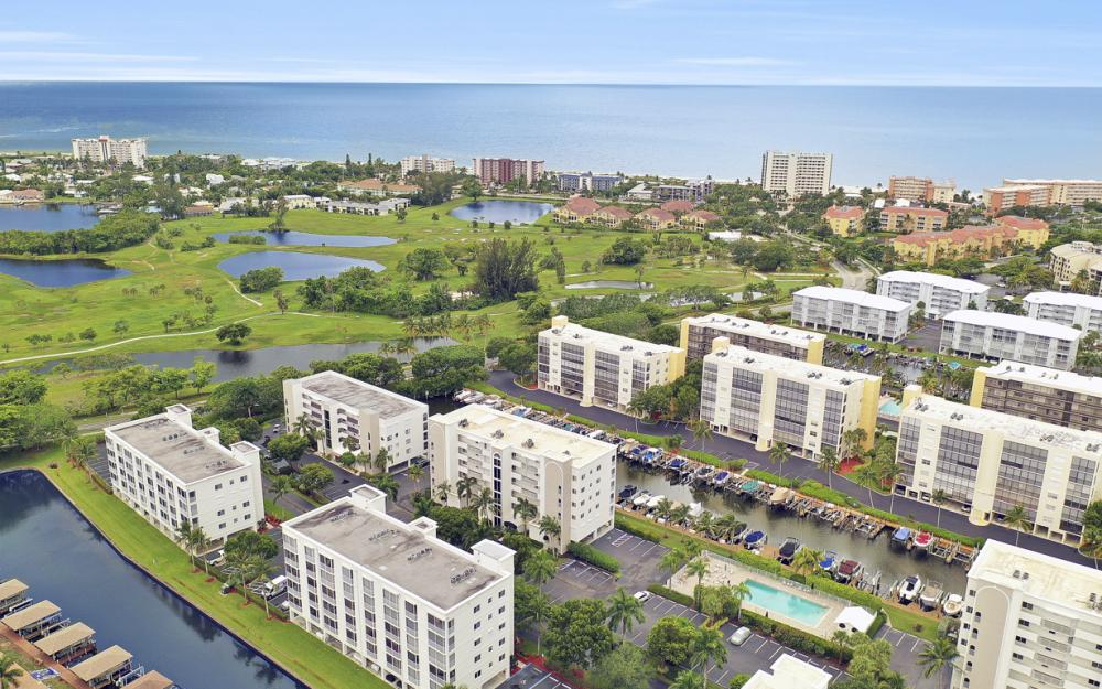 4361 Bay Beach Ln #123, Fort Myers Beach - Condo For Sale 1043219488