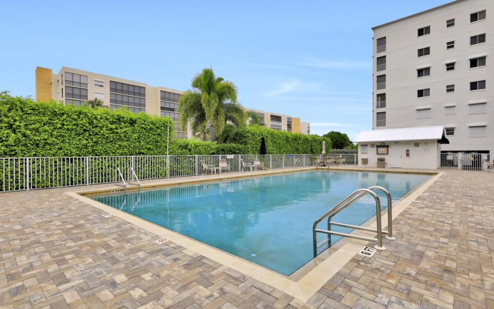 4361 Bay Beach Ln #123, Fort Myers Beach - Condo For Sale 1135473218