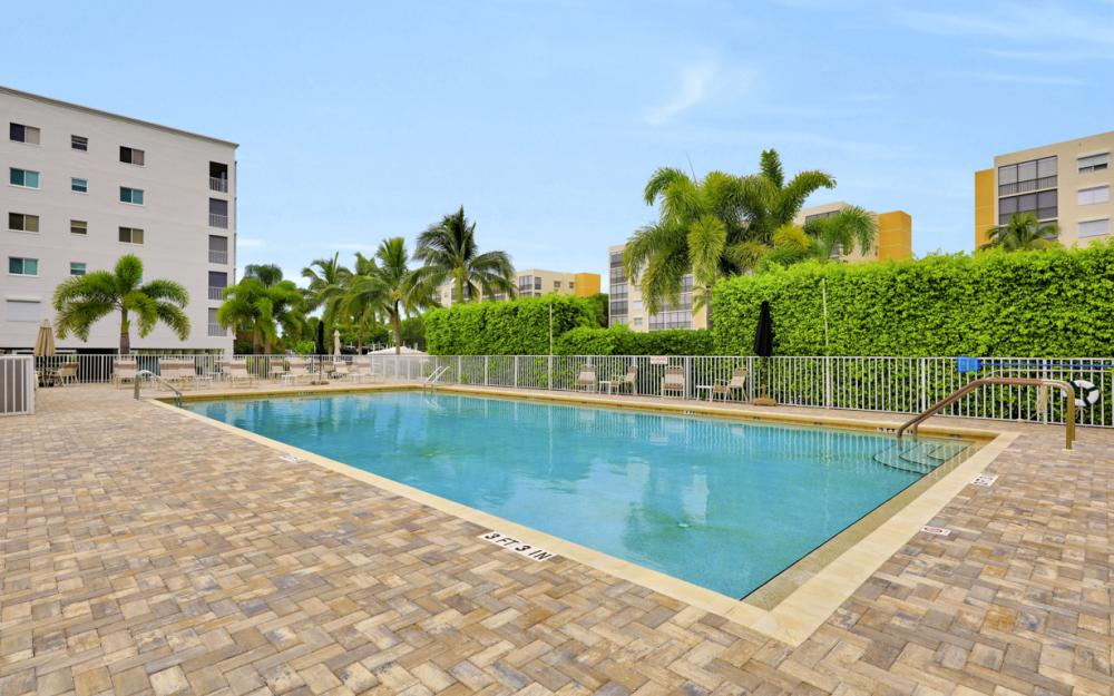 4361 Bay Beach Ln #123, Fort Myers Beach - Condo For Sale 1345476472