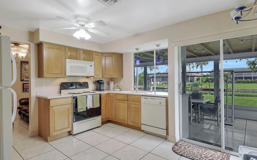 225 SW 45th Ter, Cape Coral - Home For Sale 1239948736