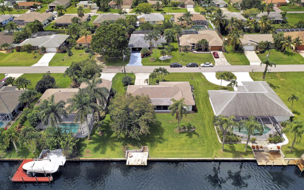225 SW 45th Ter, Cape Coral - Home For Sale 149789950
