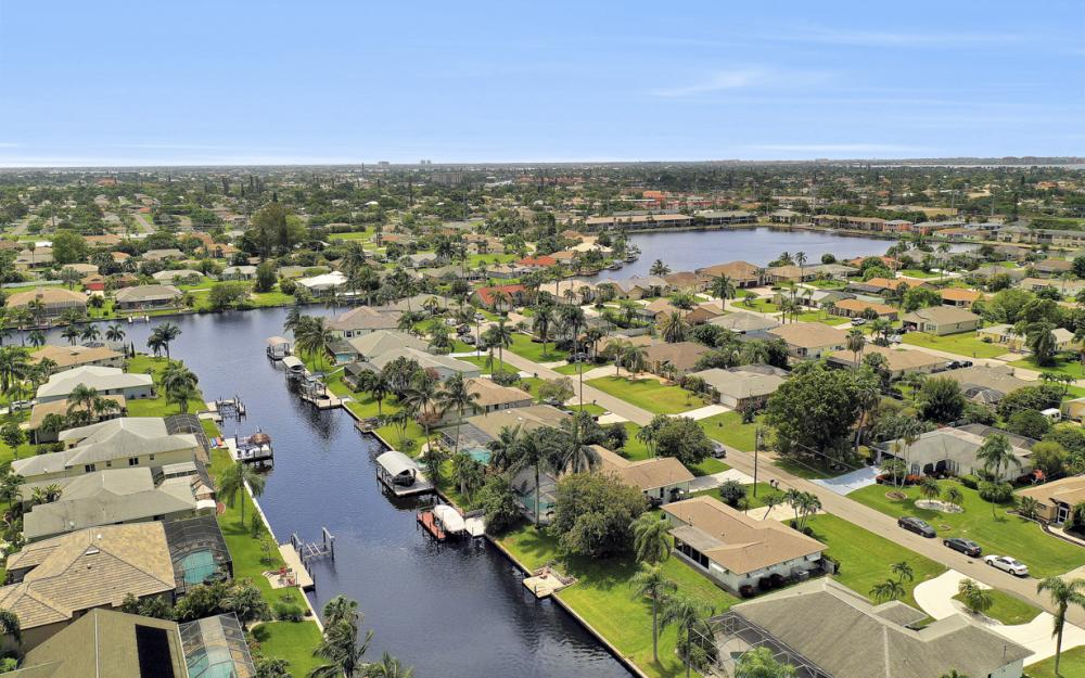 225 SW 45th Ter, Cape Coral - Home For Sale 588298488