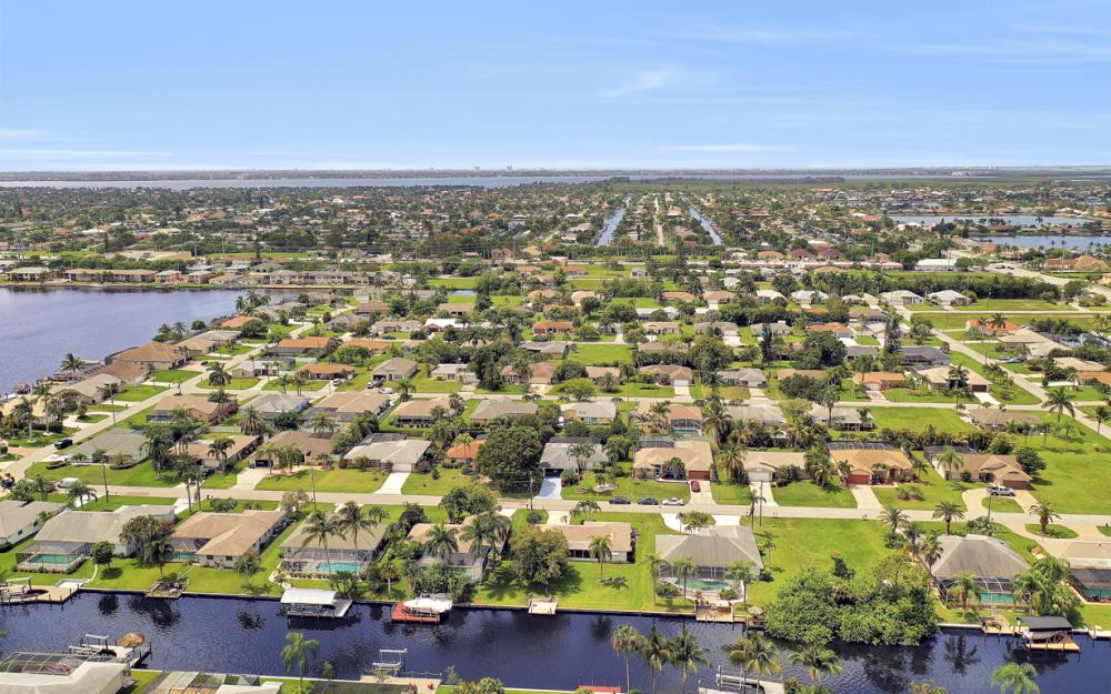 225 SW 45th Ter, Cape Coral - Home For Sale 1080635612