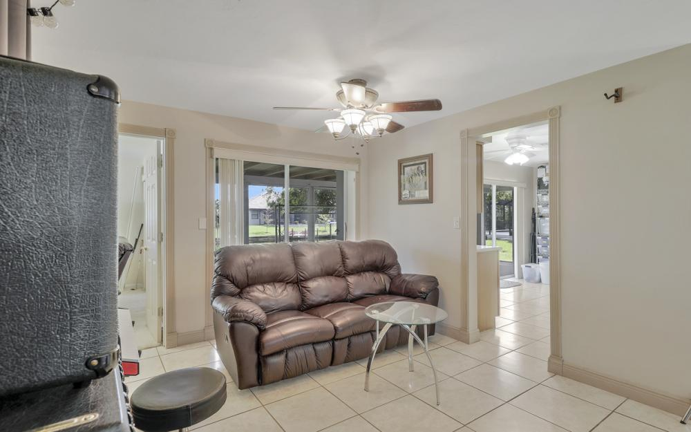 225 SW 45th Ter, Cape Coral - Home For Sale 1039632465