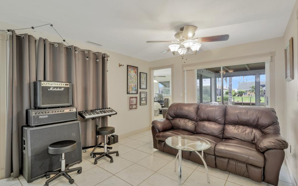 225 SW 45th Ter, Cape Coral - Home For Sale 373704953