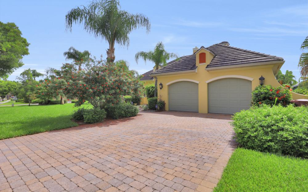 1699 McGregor Reserve Dr, Fort Myers - Home For Sale 183363191