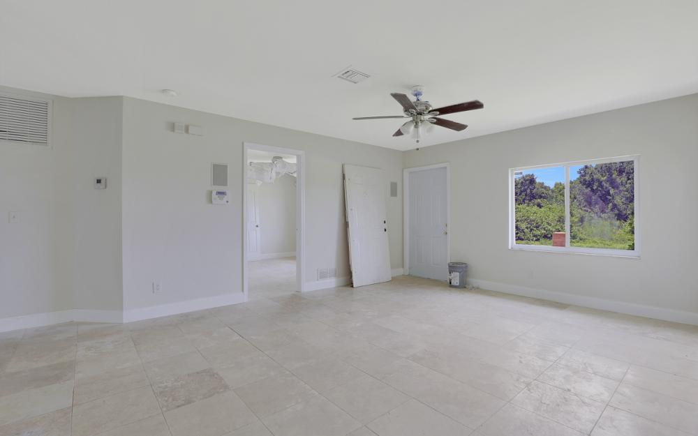 2925 8th St SW, Lehigh Acres - Home For Sale 2093972464