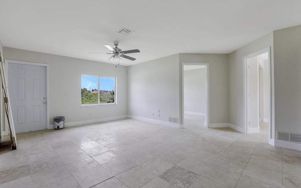 2925 8th St SW, Lehigh Acres - Home For Sale 387086194