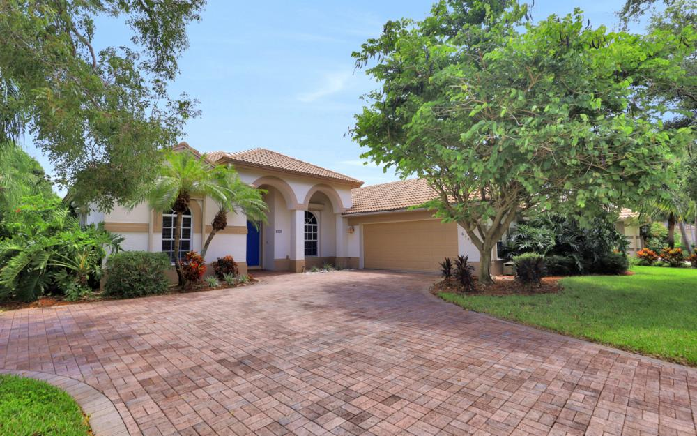 6343 Old Mahogany Ct, Naples - Home For Sale 2026375511