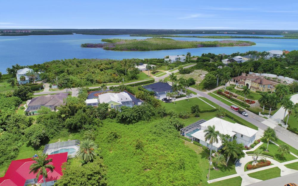 841 Scott Dr, Marco Island - Lot For Sale 52155276