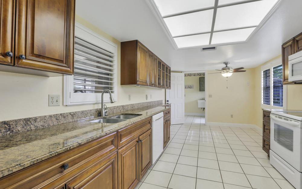 5557 Williamson Way, Fort Myers - Home For Sale 1346346706