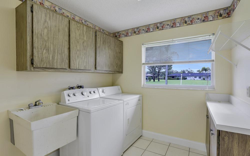 5557 Williamson Way, Fort Myers - Home For Sale 521921175