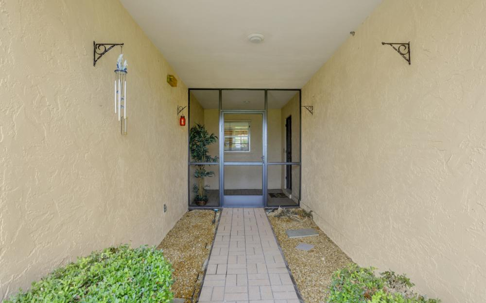 5557 Williamson Way, Fort Myers - Home For Sale 2138586050