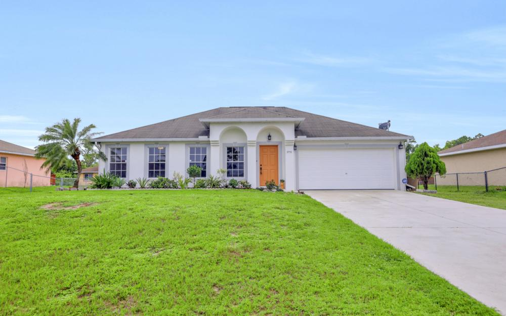 3731 6th Street West, Lehigh Acres - Home For Sale 163945795