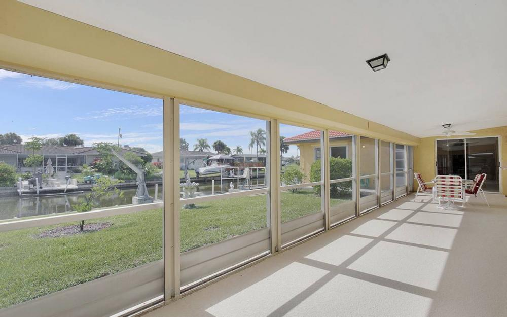 4560 Vinsetta Ave, North Fort Myers - House For Sale 1037043521