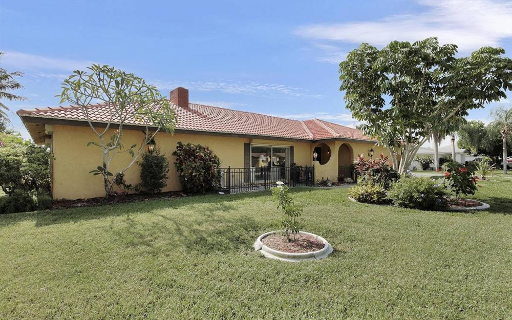 4560 Vinsetta Ave, North Fort Myers - House For Sale 275184107