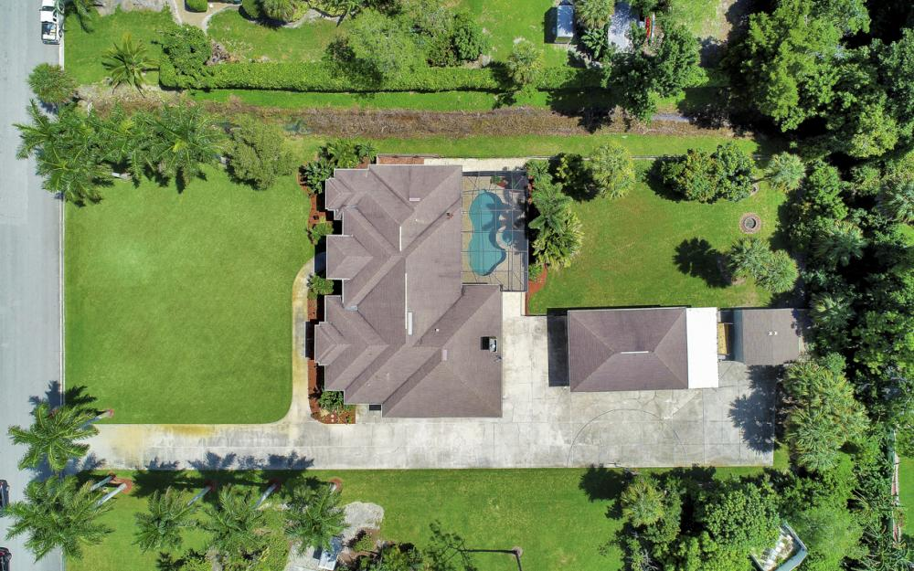 10542 Winterview Dr. Naples - Home For Sale 639846062
