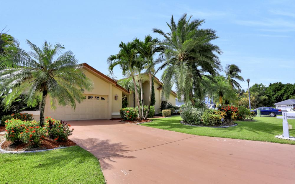 8866 Banyan Cove Cir - Fort Myers - Home For Sale 371862951