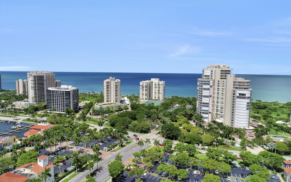 4041 Gulf Shore Blvd N #304, Naples - Condo For Sale 682502117