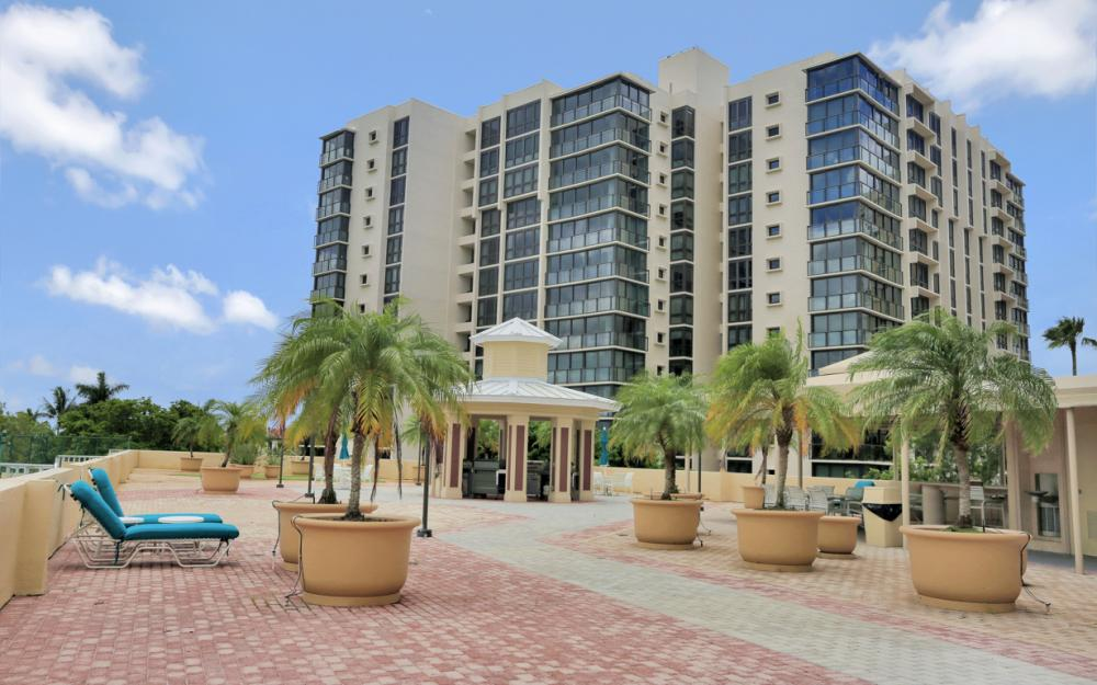 4041 Gulf Shore Blvd N #304, Naples - Condo For Sale 436672083
