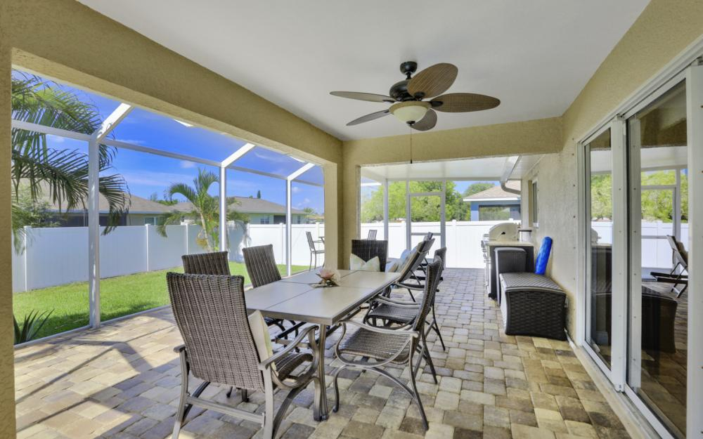 324 SW 19th Terrace, Cape Coral - Home For Sale 1616107497