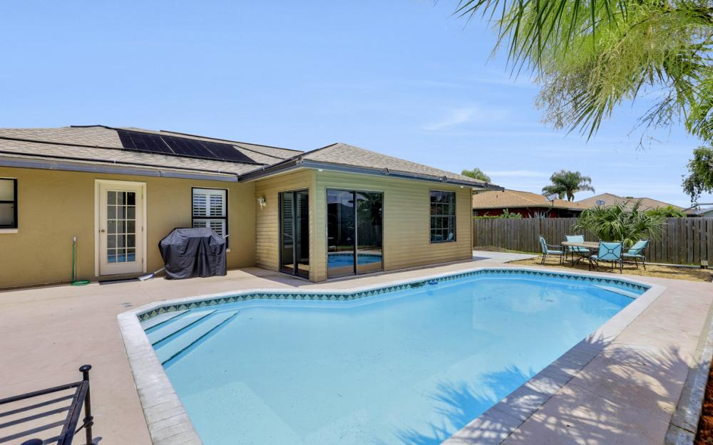 2614 44th Terr SW, Naples - Home For Sale 1805138807