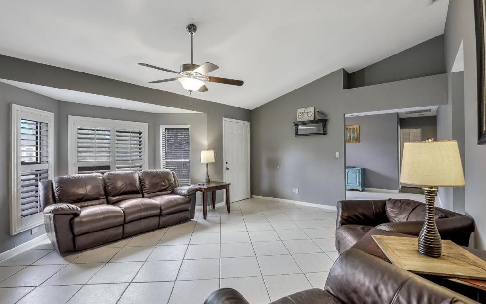 2614 44th Terr SW, Naples - Home For Sale 2032865215