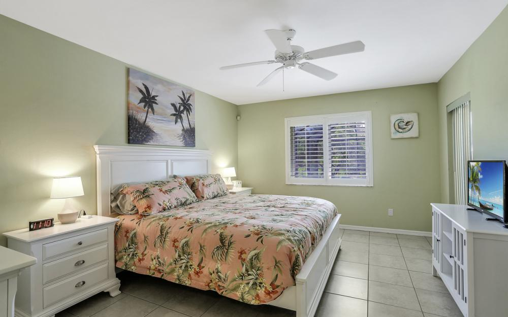 1405 SE 4th Pl, Cape Coral - Vacation Rental 674123386