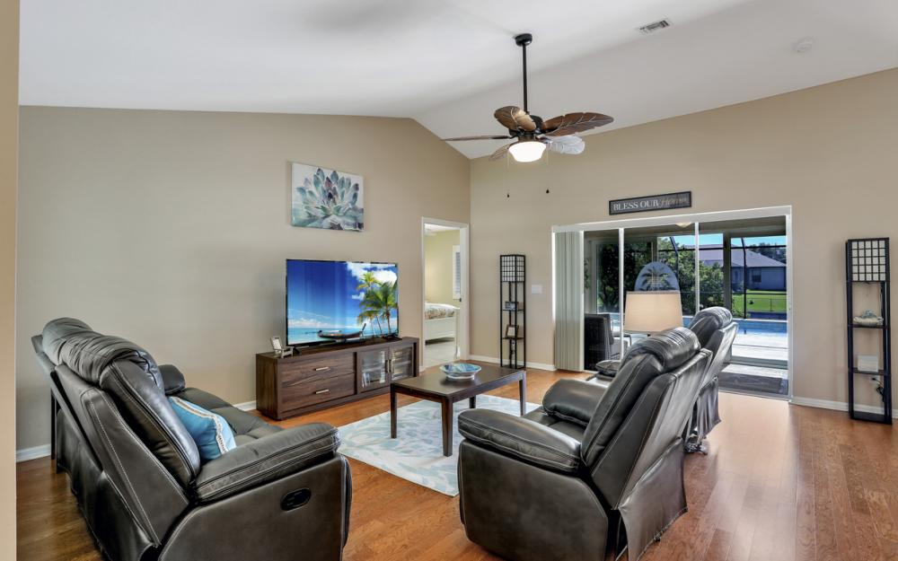 1405 SE 4th Pl, Cape Coral - Vacation Rental 1477967291