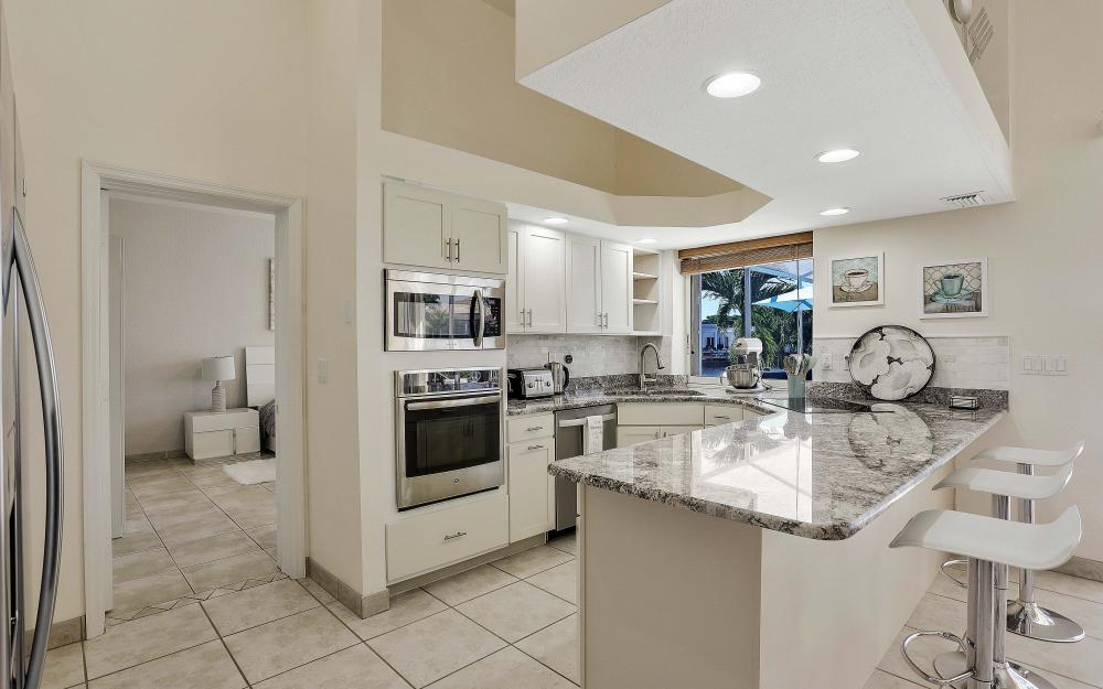 1702 SW 53rd Ln, Cape Coral - Vacation Rental 2100728879