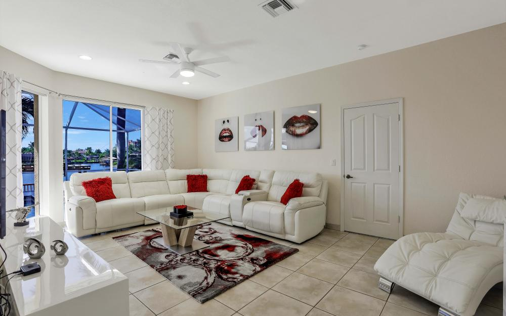 1702 SW 53rd Ln, Cape Coral - Vacation Rental 744509878
